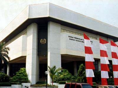 Tampak Depan Gedung DPRD DKI Jakarta Masa Kini (Foto : Istimewa)