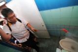 Fraksi PKS Jakarta - Bang Sani saat Terjun di Program Kerja Bakti Massal se-Jakarta (8)