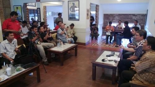 Suara Jakarta - Bang Sani Pimpin KonPress Dana Bantuan Haji Jakarta (01)